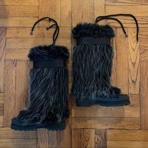 Used CHANEL Fall 2002 Fantasy Fur Boots SZ 35